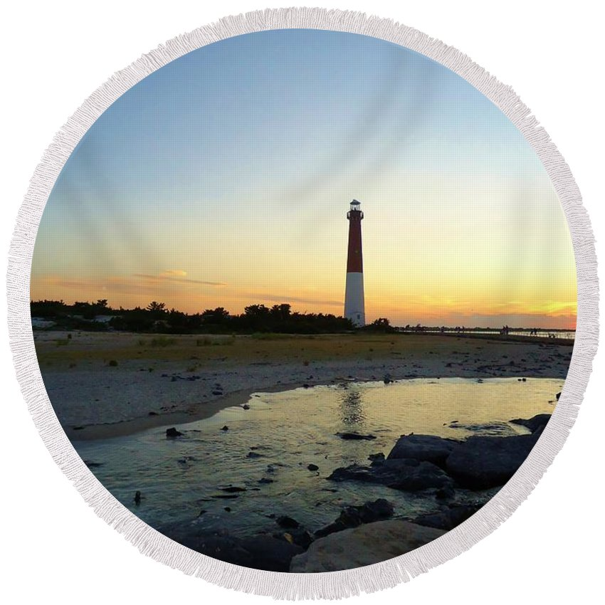 Sunrise Round Beach Towel featuring the photograph Center Stage by Art Dingo