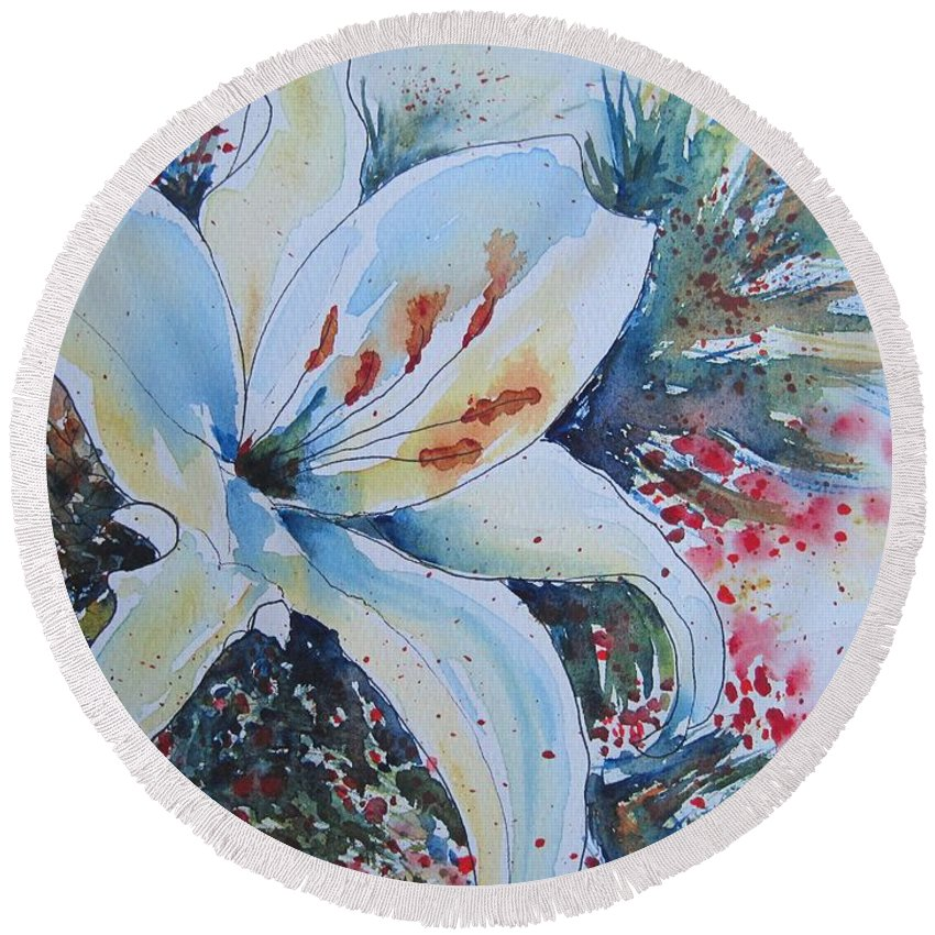 Lily Round Beach Towel featuring the painting Christmas Lily by Corynne Hilbert