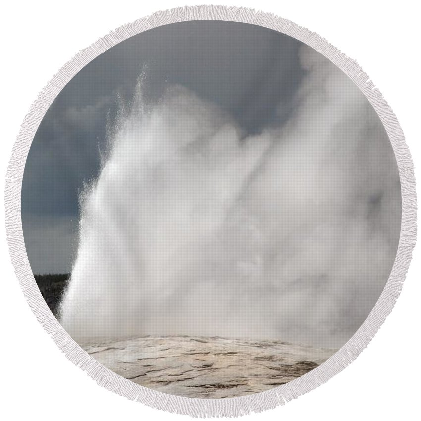 Old Faithful Round Beach Towel featuring the photograph Close Up Of Old Faithful by Living Color Photography Lorraine Lynch