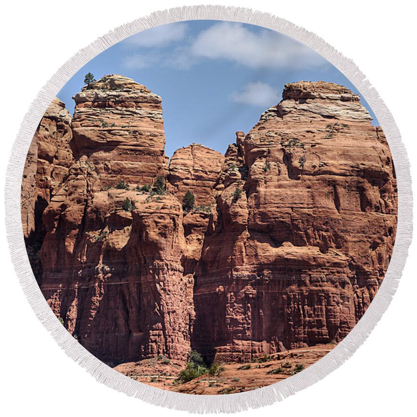 Landscape Round Beach Towel featuring the photograph Coffee Pot Rock Formation by Phyllis Denton