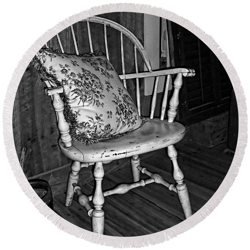 Chair Round Beach Towel featuring the photograph Come And Sit A Spell by Kathy Clark