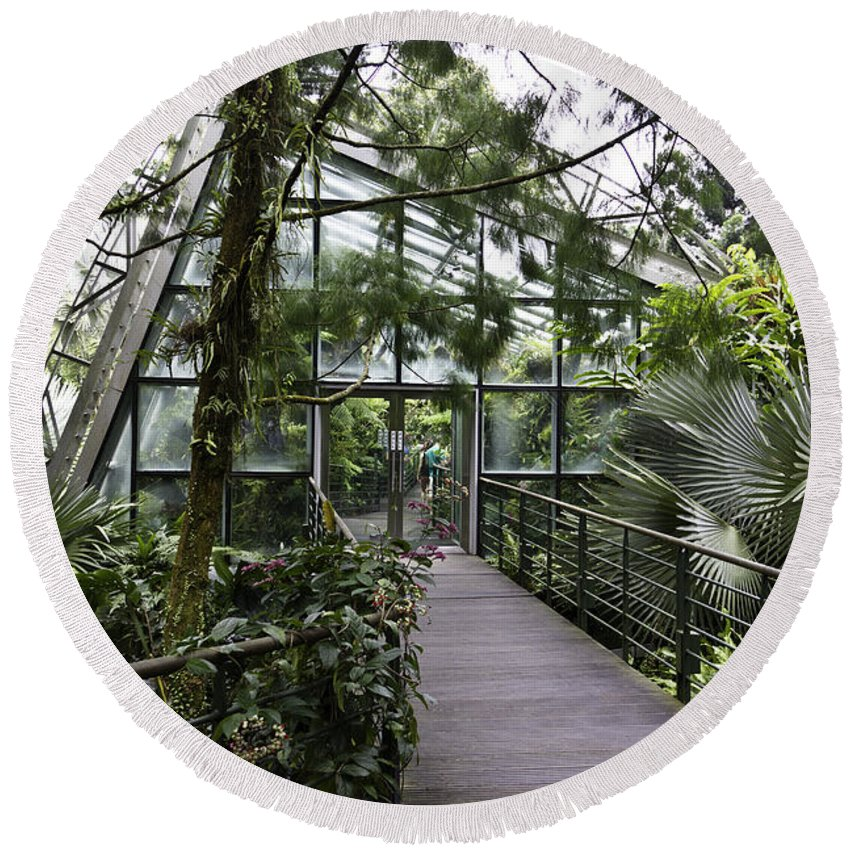 Asia Round Beach Towel featuring the photograph Cool House Inside The National Orchid Garden In Singapore by Ashish Agarwal