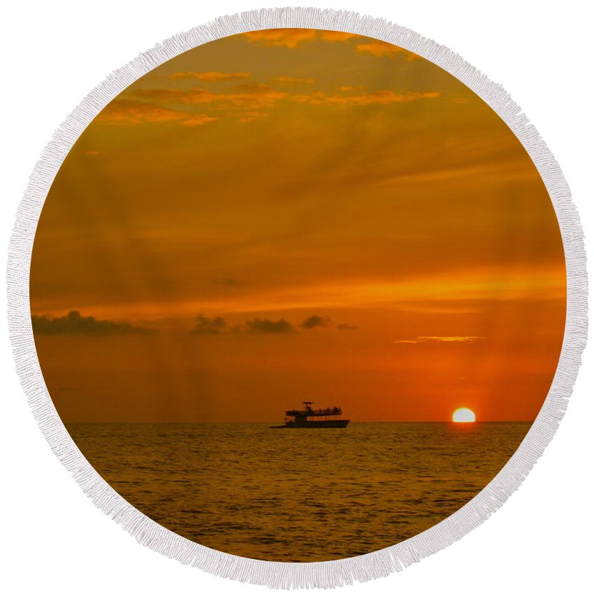 Sunset Round Beach Towel featuring the photograph Costa Rica Sunset by Eric Tressler