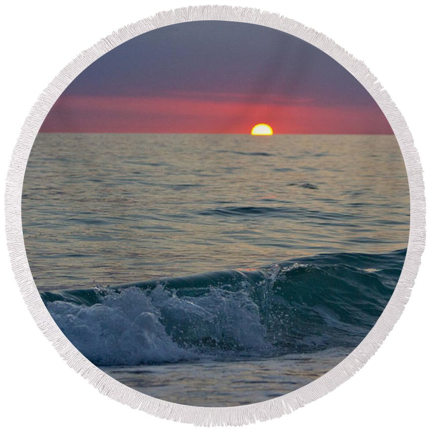 Sunset Round Beach Towel featuring the photograph Crystal Blue Waters At Sunset In Treasure Island Florida 5 by Robin Lewis