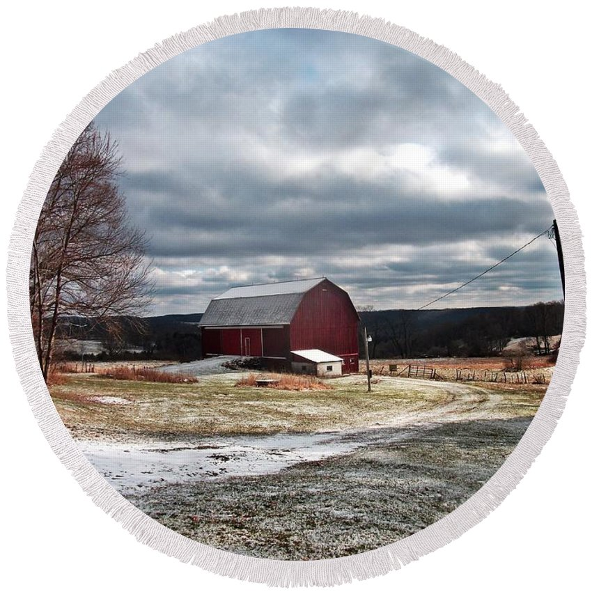 New York Round Beach Towel featuring the photograph Dairy In The Hills by Christian Mattison