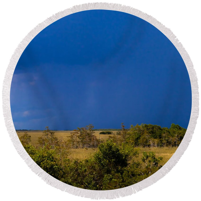 Copse Round Beach Towel featuring the photograph Dark Storm Over The Everglades by Ed Gleichman