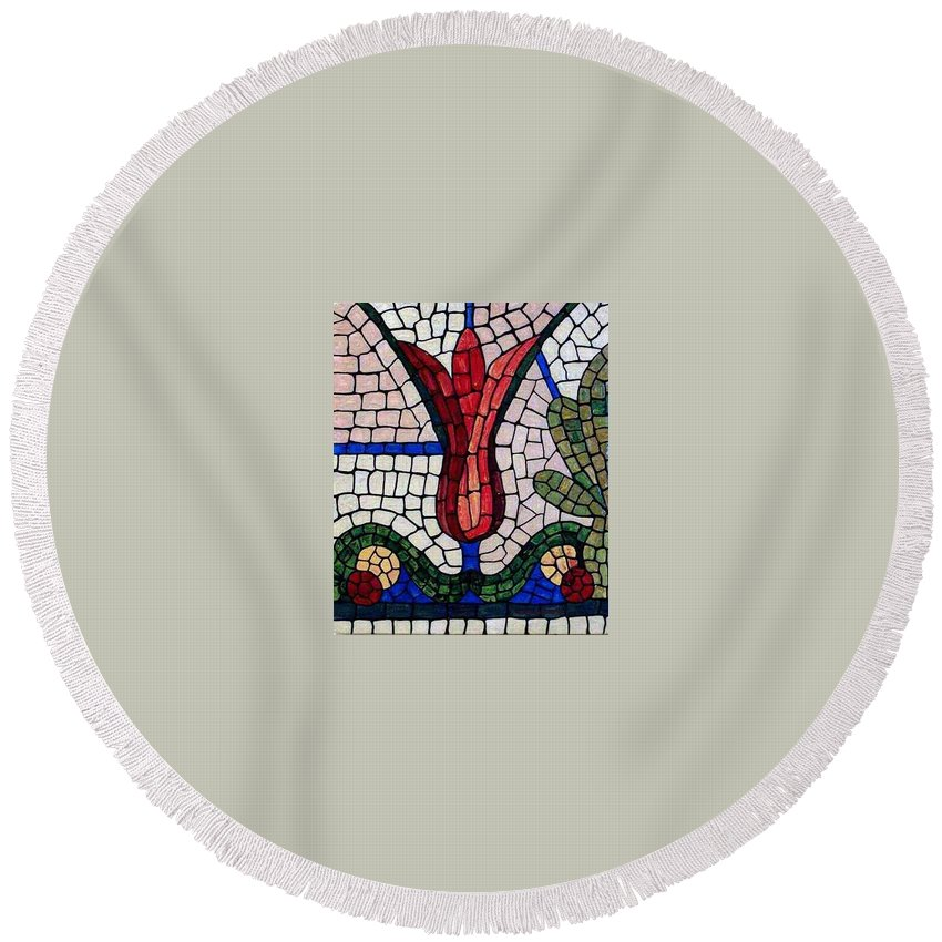 Flower Round Beach Towel featuring the painting Day Light by Cynthia Amaral