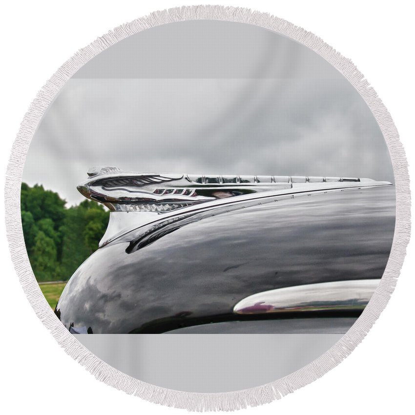 1947 Desoto Round Beach Towel featuring the photograph Dessoto Hood Ornament 8622 by Guy Whiteley