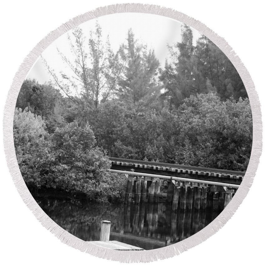 Black And White Round Beach Towel featuring the photograph Dock On The River In Black And White by Rob Hans