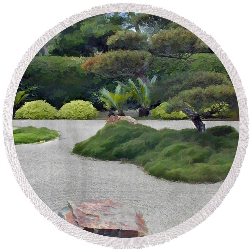 Japanese Garden Round Beach Towel featuring the painting Dry Garden Sea by Elaine Plesser