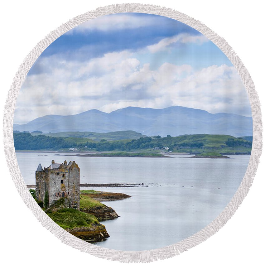 Alsh Round Beach Towel featuring the photograph Eilean Donan Castle by Andrew Michael