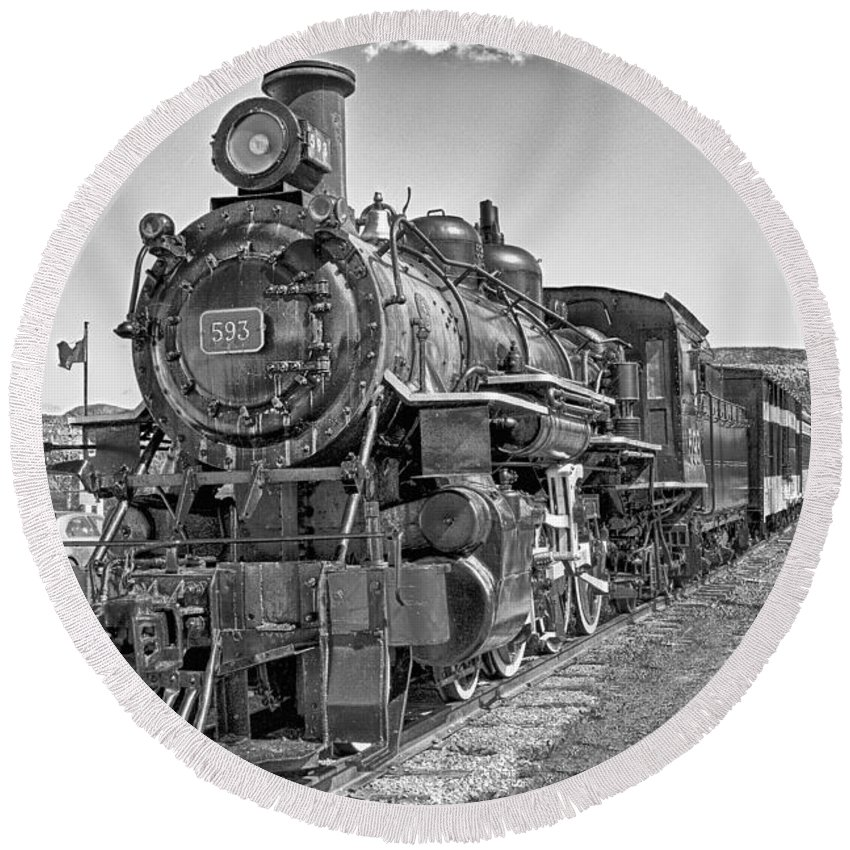 Train Round Beach Towel featuring the photograph Engine 593 by Eunice Gibb