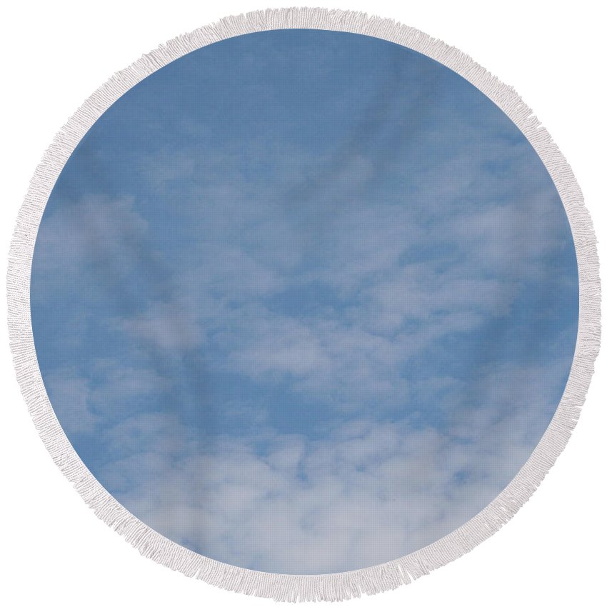Outdoors Round Beach Towel featuring the photograph Fair Skies by Susan Herber