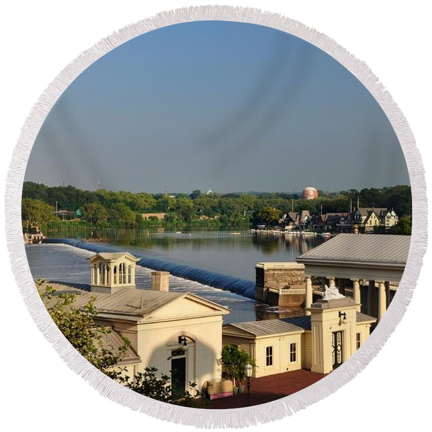 Fairmount Round Beach Towel featuring the photograph Fairmount Waterworks And Dam by Bill Cannon