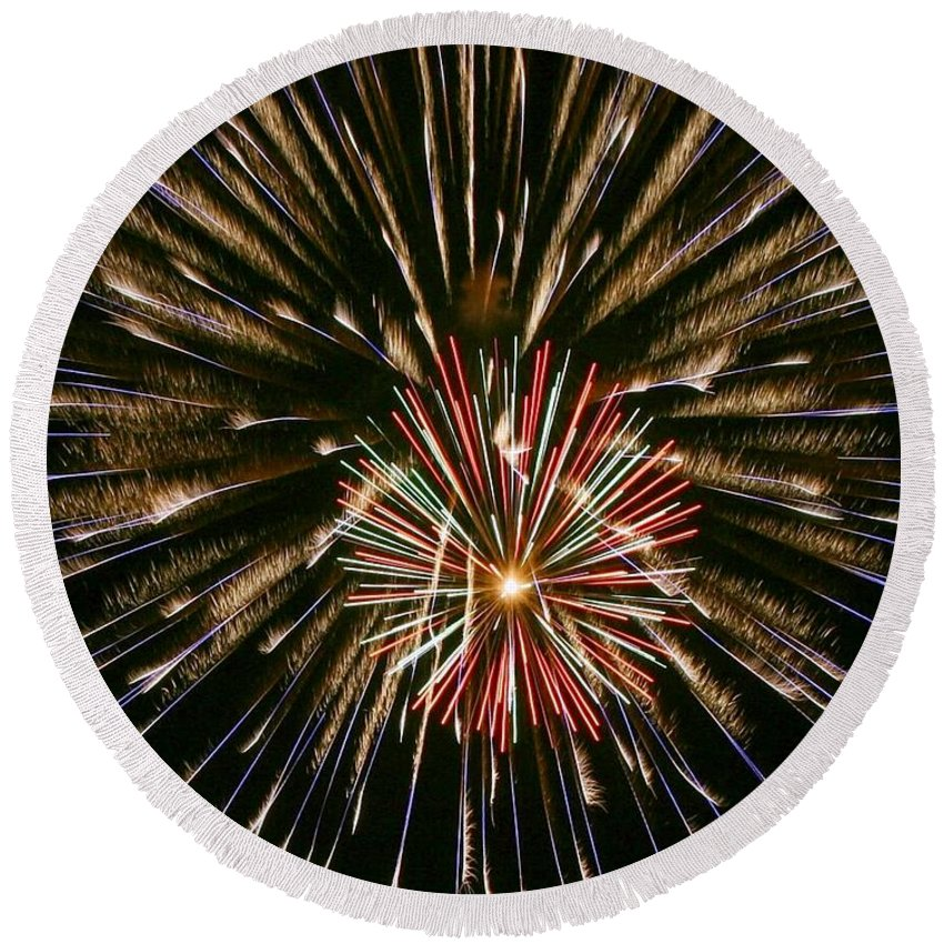 Fireworks Round Beach Towel featuring the photograph Feathers Of Fire by Myrna Bradshaw