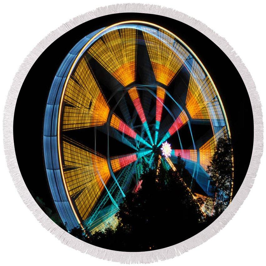 Ferris Wheel Round Beach Towel featuring the photograph Ferris Wheel At Night by Mats Silvan