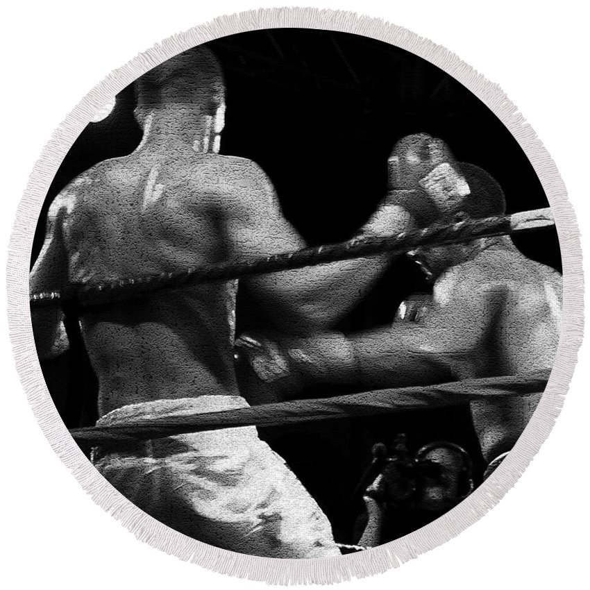 Digital Photography Round Beach Towel featuring the photograph Fight Game by David Lee Thompson