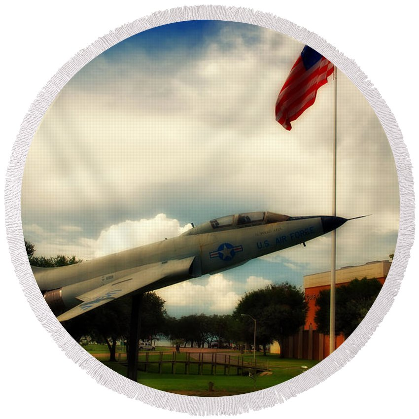 Fighter Round Beach Towel featuring the photograph Fighter Jet Panama City Fl by Susanne Van Hulst