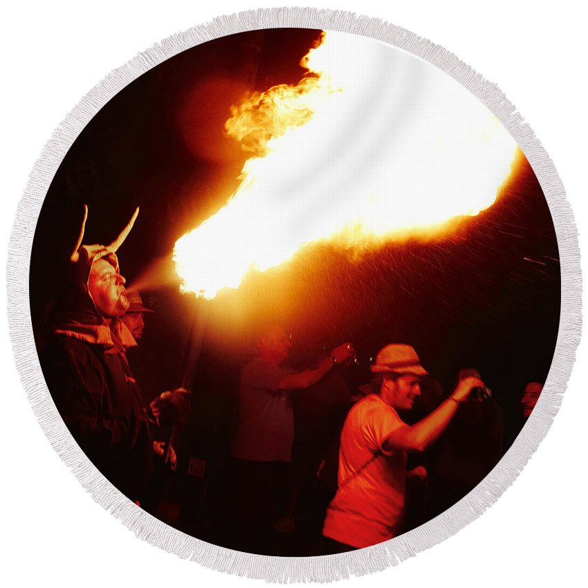 Fuego Round Beach Towel featuring the photograph Fire Stroke by Agusti Pardo Rossello