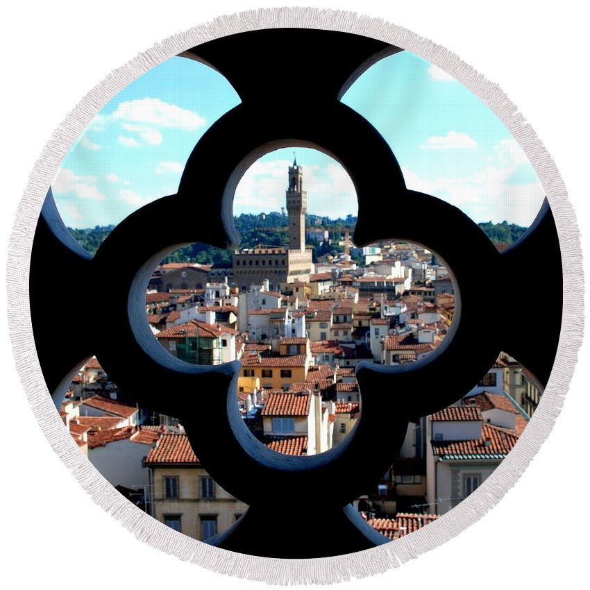 Florence Round Beach Towel featuring the photograph Florence Through A Unique Lens by Dany Lison