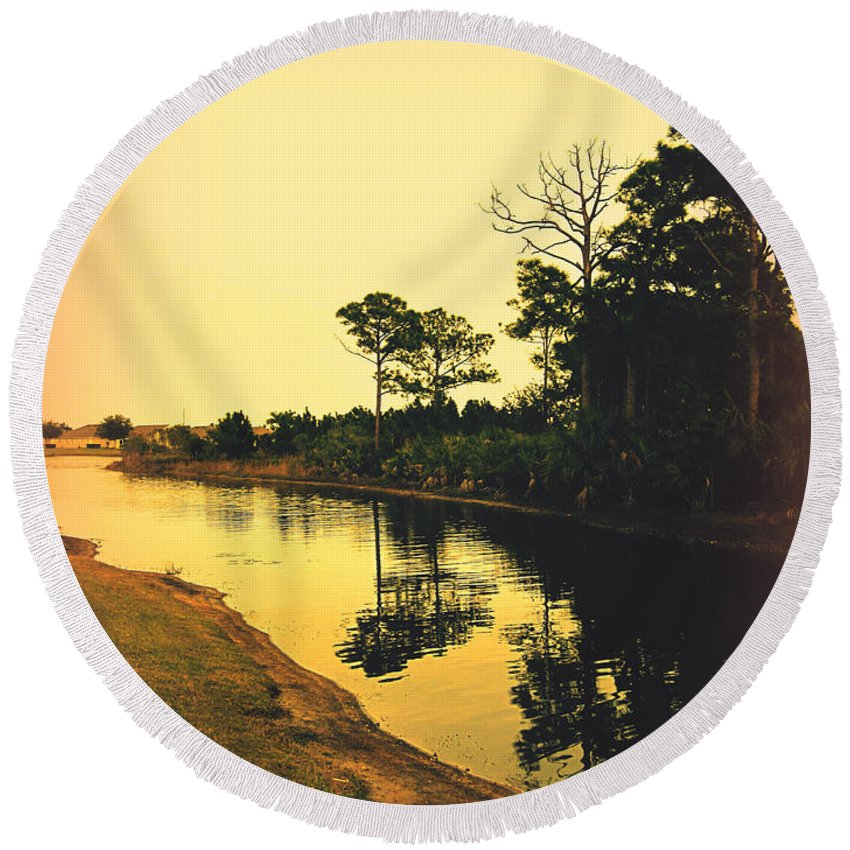 Florida Round Beach Towel featuring the photograph Florida Landscape II by Susanne Van Hulst