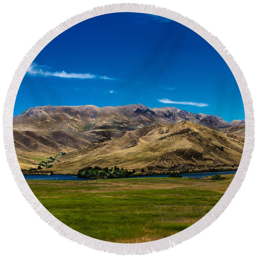 Landsacape Round Beach Towel featuring the photograph Foothills by Robert Bales