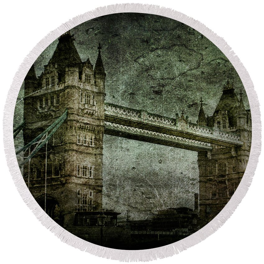 Tower Round Beach Towel featuring the photograph Former Sanctions by Andrew Paranavitana