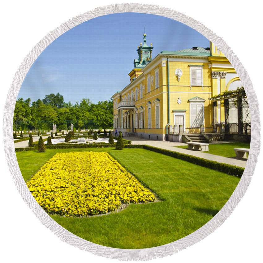 Wilanow Palace Round Beach Towel featuring the photograph Gardens Wilanow Palace by Jon Berghoff