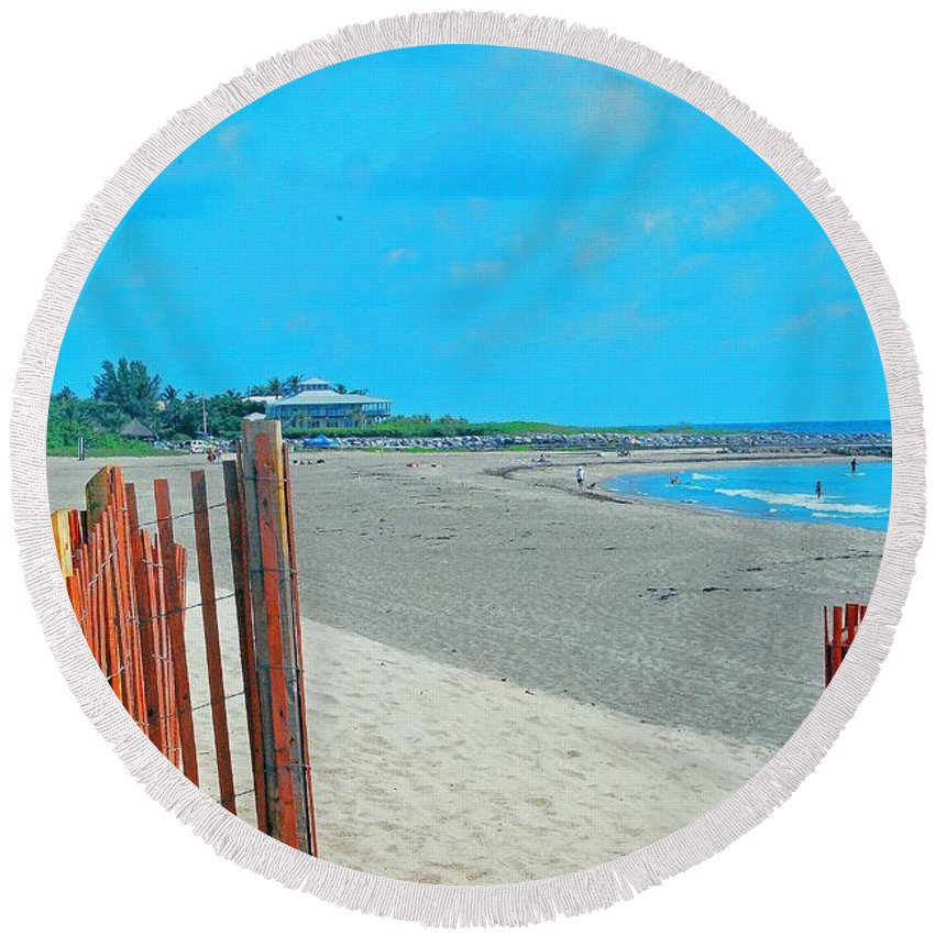 Beach Round Beach Towel featuring the photograph Gate To Paradise by Gary Wonning