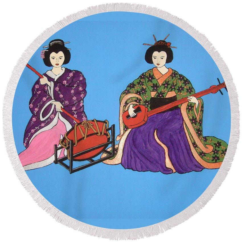 Geishas Round Beach Towel featuring the painting Geisha Serenade by Stephanie Moore