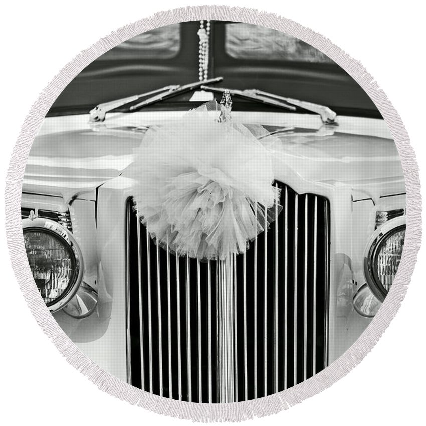 Car Round Beach Towel featuring the photograph Got Married Bw by Aimelle