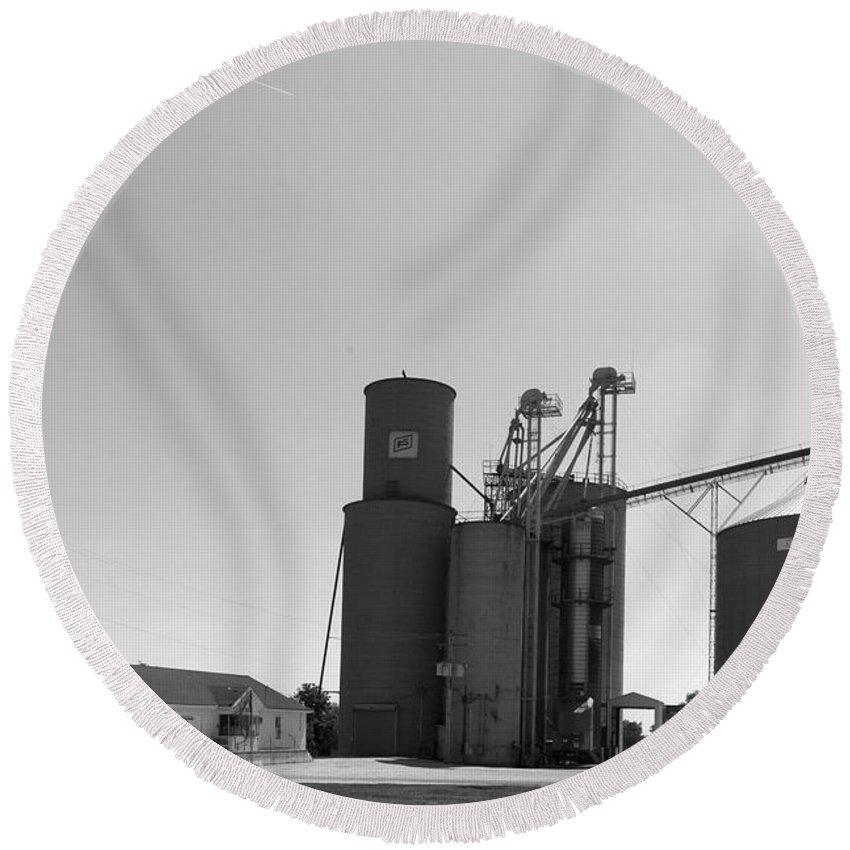 Grain Bin Round Beach Towel featuring the photograph Grain Processing Facility In Shirley Illinois 2 by Alan Look