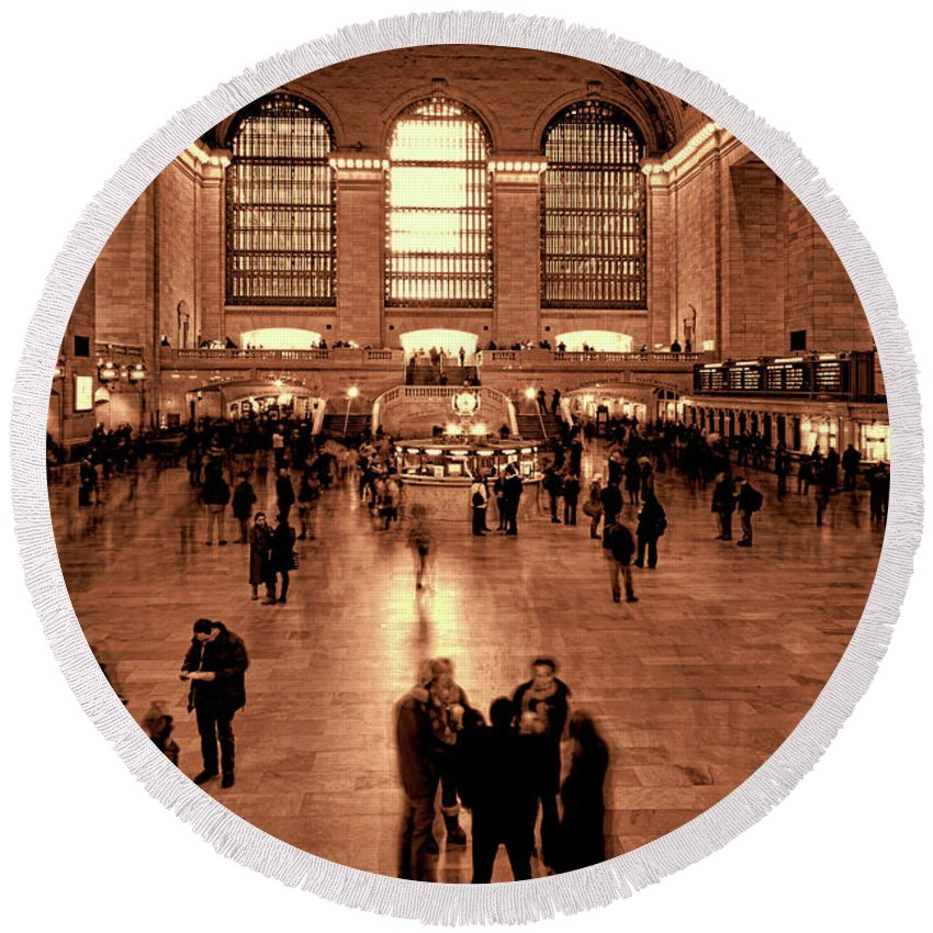 Grand Central Round Beach Towel featuring the photograph Grand Central Terminal by Chris Lord