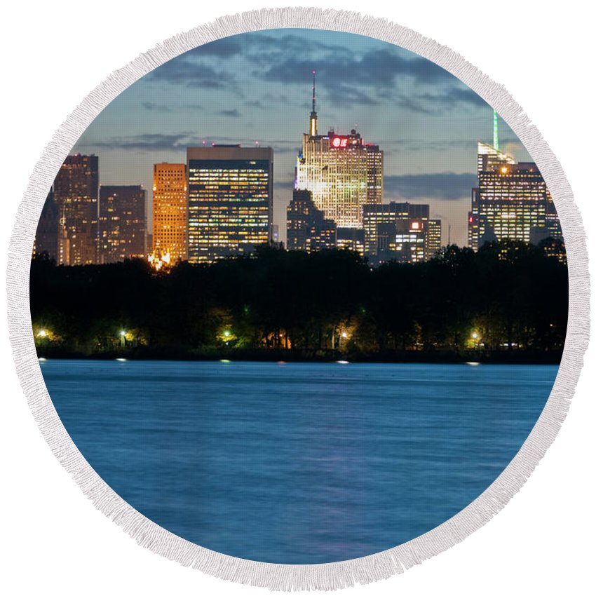 Nyc Round Beach Towel featuring the photograph Great Pond Skyline by S Paul Sahm