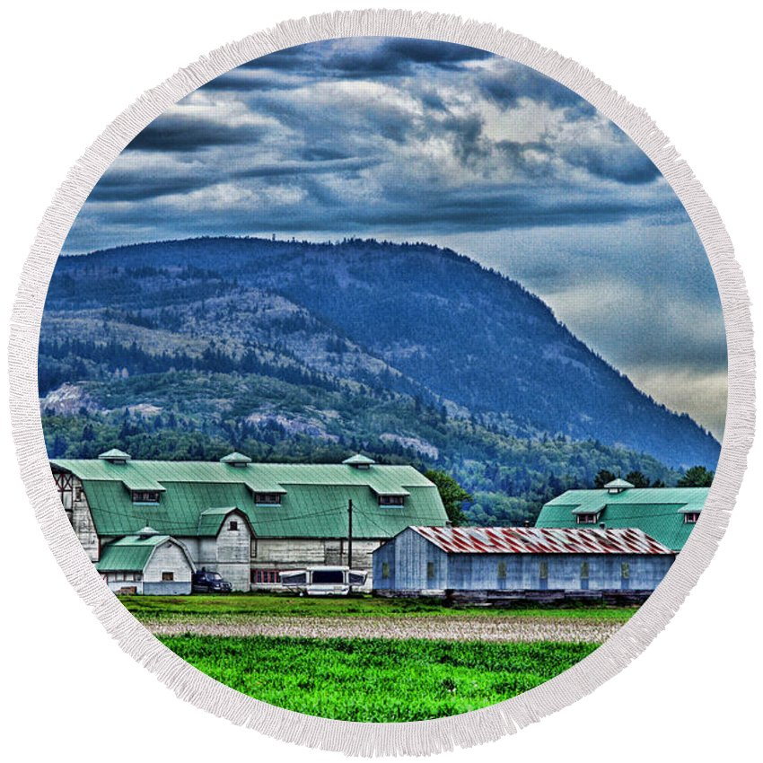 Barns Round Beach Towel featuring the photograph Green Roofed Barn-hdr by Randy Harris