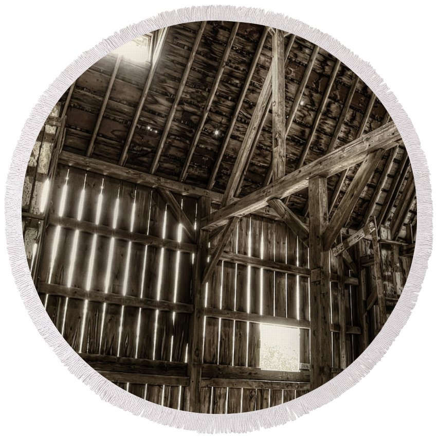 Barn Round Beach Towel featuring the photograph Hay Loft by Scott Norris