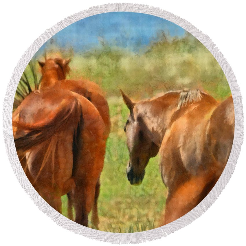 Horse Round Beach Towel featuring the digital art Heading Home Painterly by Ernie Echols