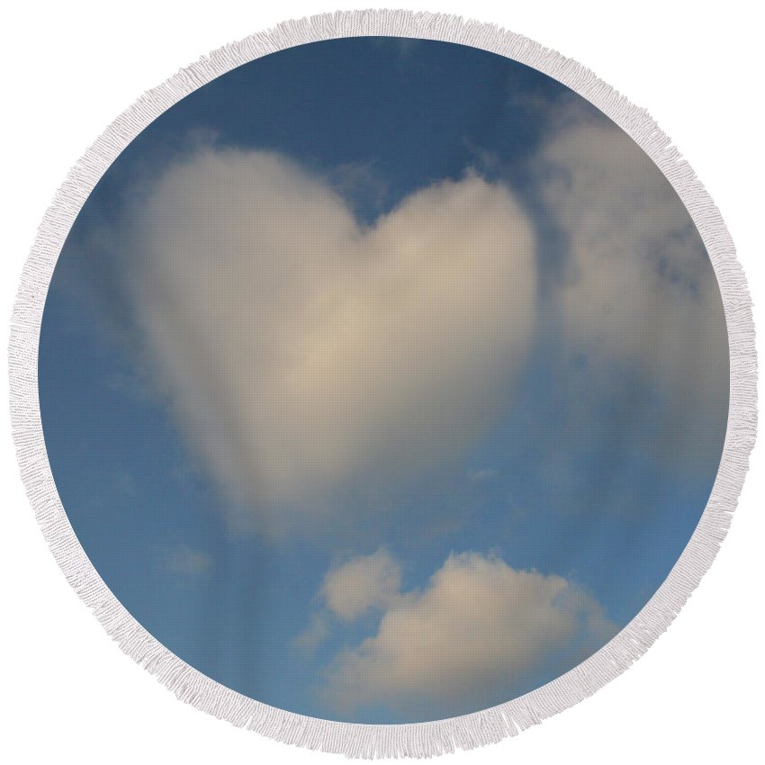 Sky Round Beach Towel featuring the photograph Heart In The Clouds by Diana Haronis