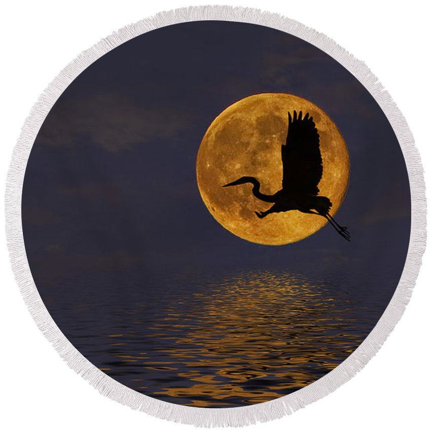 Heron Round Beach Towel featuring the photograph Heron And The Harvest Moon by Amy Jackson