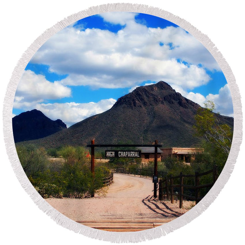 High Chaparral Round Beach Towel featuring the photograph High Chaparral Ranch by Susanne Van Hulst