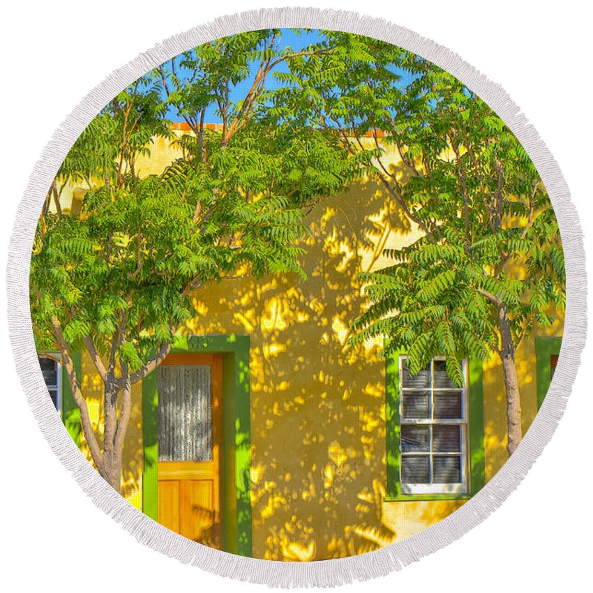 Barrio Round Beach Towel featuring the photograph House In The Barrio by Larry White