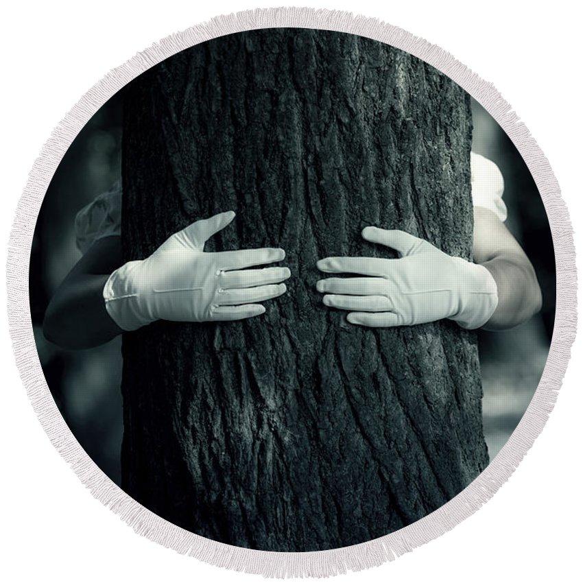 Hand Round Beach Towel featuring the photograph hug by Joana Kruse