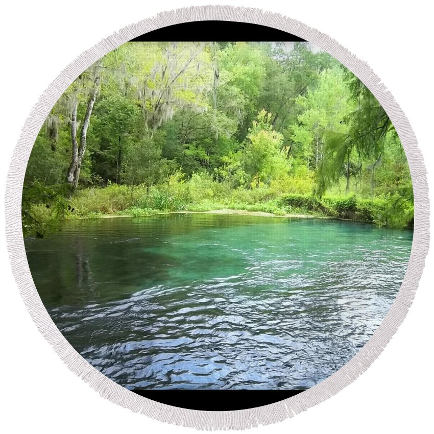 Ichetucknee Springs Round Beach Towel featuring the photograph Ichetucknee Blue Hole by Rebecca Stephens