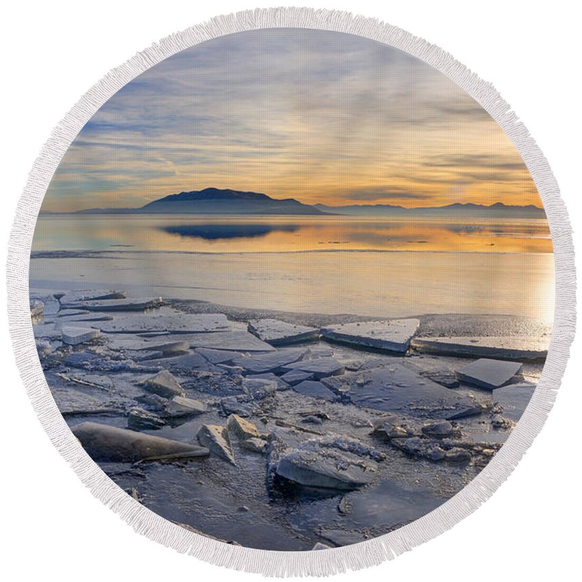 Utah Lake Round Beach Towel featuring the photograph Icy Sunset On Utah Lake by Gary Whitton