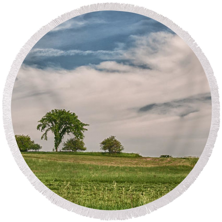 Clouds Round Beach Towel featuring the photograph Innisfree Tree 15203c by Guy Whiteley