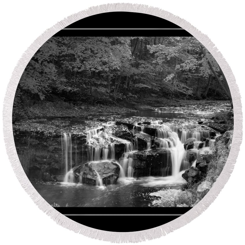 Waterfall Round Beach Towel featuring the photograph Java Falls Monochrome by Darleen Stry