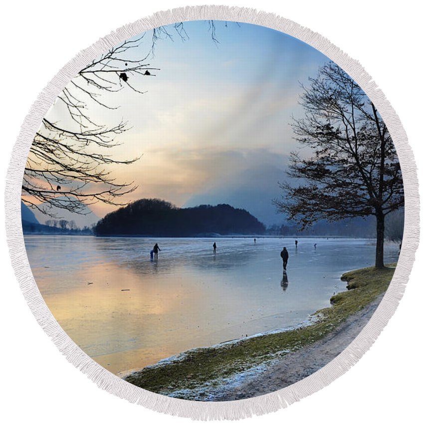 Ice Round Beach Towel featuring the photograph Lake With Ice by Mats Silvan