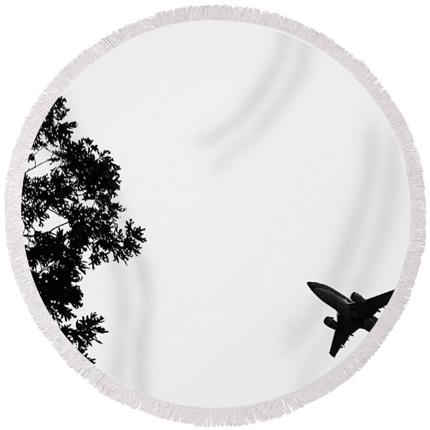2d Round Beach Towel featuring the photograph Leafing On A Jet Plane by Brian Wallace