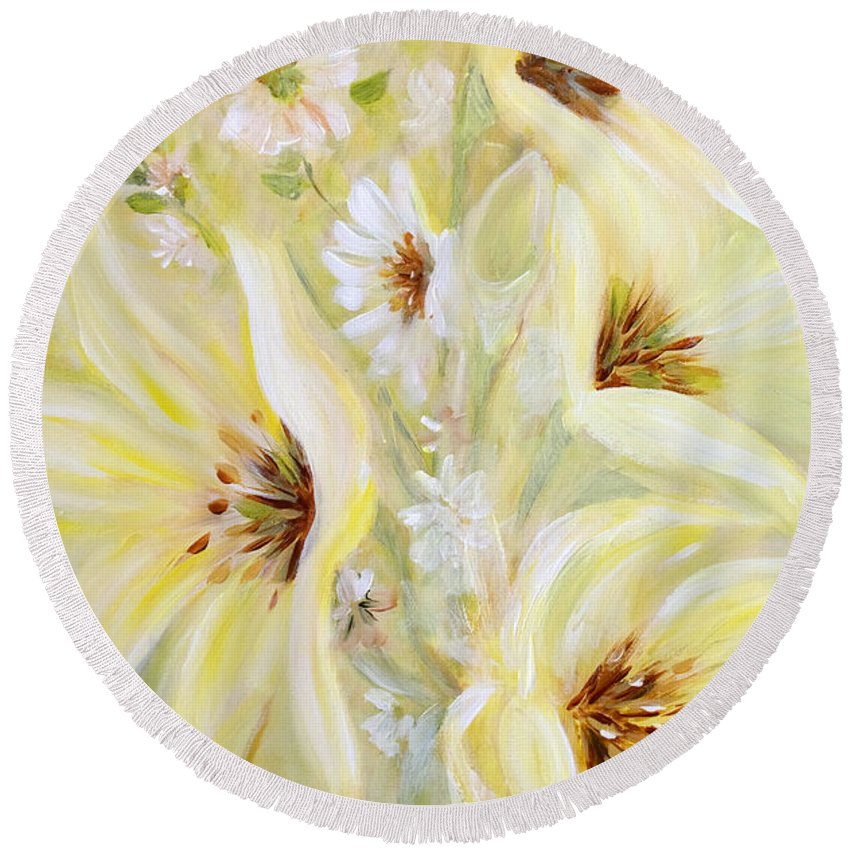 Lilies Round Beach Towel featuring the painting Lemon Chiffon by Joanne Smoley
