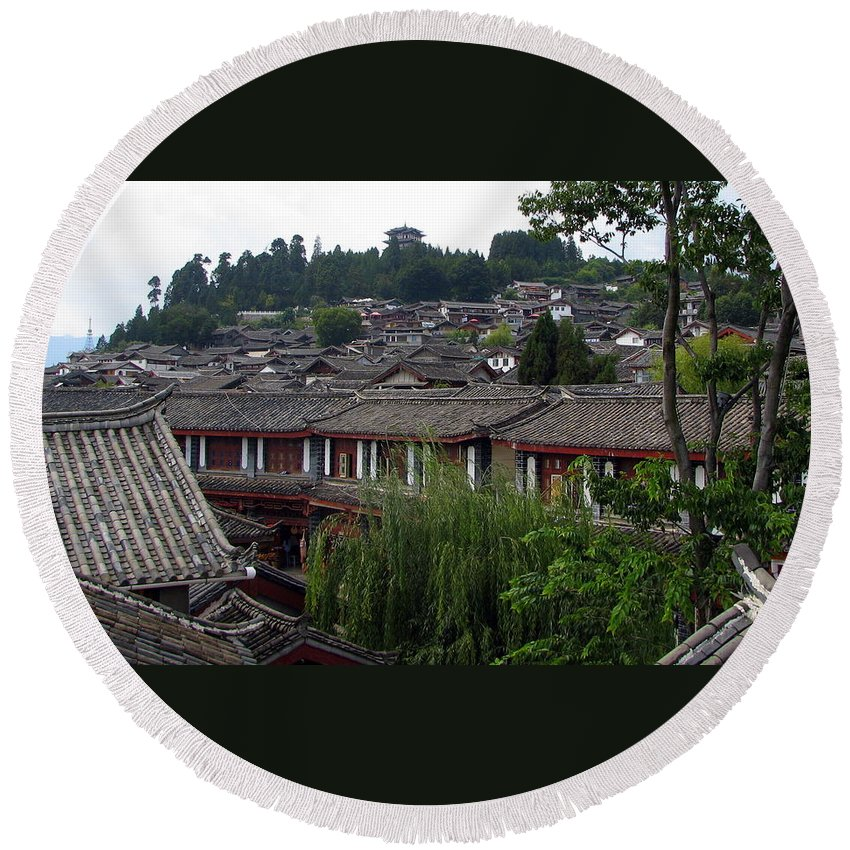 Lijiang Round Beach Towel featuring the photograph Lijiang Rooftops by Carla Parris